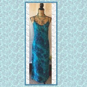 👄 Sexy Maxi Dress