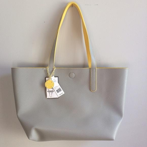 7aedc4e03a NWT Gray   Yellow Reversible Tote Bag