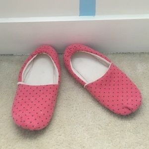 Shoes - Pink and grey polka dot slippers