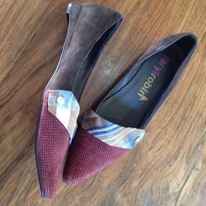 Faryl Robin flats with plaid & velvet detailing
