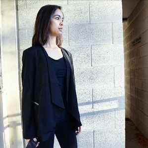 Evelynn's Boutique Jackets & Blazers - NWT Classy Drape Blazer Coat