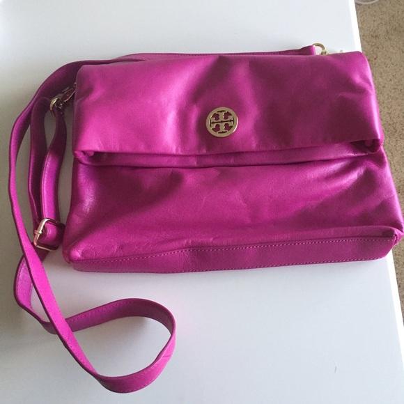 231bfc3035f6 Tory Burch Dena Messenger bag in Magenta. M 581cec3b6a5830fc3f0341e0