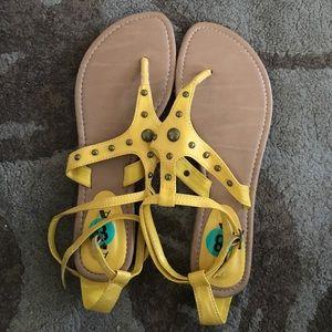 Alba Shoes - Yellow Sandals - ALBA - Size 8