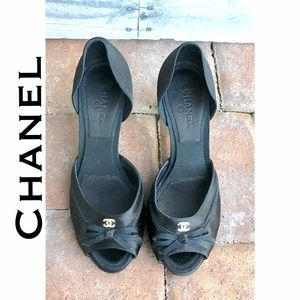 CHANEL Shoes - CHANEL 👒 satin d'orsay peep toe pumps with  bows