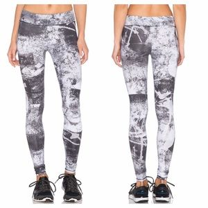 SOLOW Abstract Print Long Legging