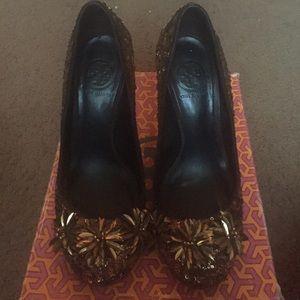 Tory Burch Shoes - Tory Burch Katrina Sequin Pumps