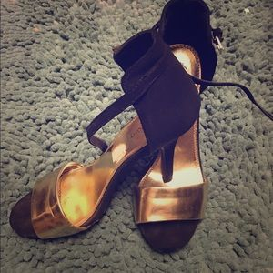 Shoes - Gold and black ankle strap heels