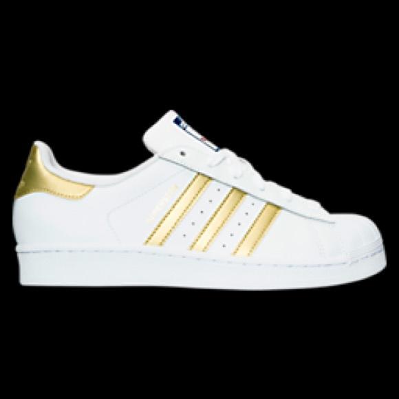 ac265aff91b0 Adidas Shoes - Shell-toe Adidas