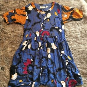 Vintage loose fit dress abstract print