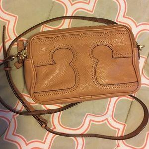 Tory Burch Handbags - Tory Burch Amalie Crossbody Bag