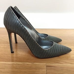 Manolo Blahnik Shoes - Manolo Blahnik metal mesh BB pump