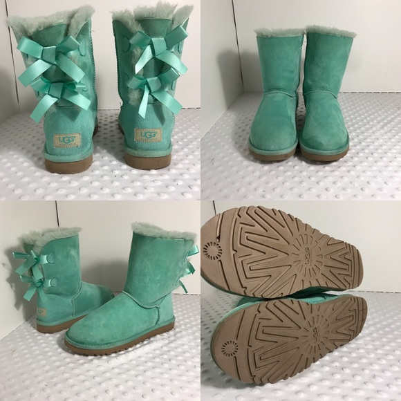 1aee809ac7e 😍 Tiffany blue UGG Bailey bow boots!