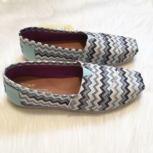 9fc5a7292fe TOMS Shoes - NEW TOMS Classic Blue Grey Chevron Slip Ons!