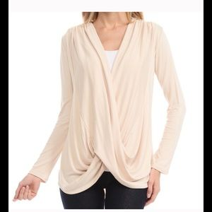 Bellino Clothing Tops - HOST PICK 11/19 The softest Surplice Top