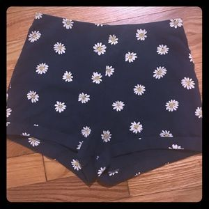 Forever 21 Pants - High wasted navy blue daisy shorts