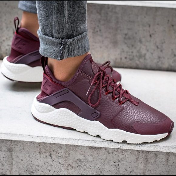 Cheap maroon nike shoes Buy Online