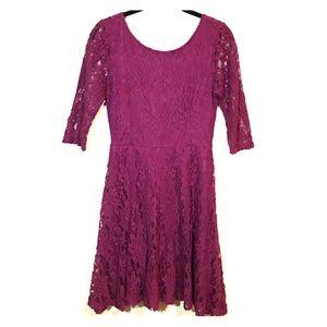 Lush Maroon lace 3/4 sleeve dress