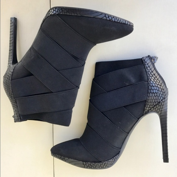 New Black Ankle Boots Sz 885