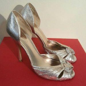 Aldo Shoes - Gold Aldo Peep Toe Heels 6