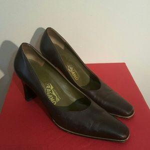 Salvatore Ferragamo Shoes - Vintage Salvatore Ferragamo Colorblock Heels 7