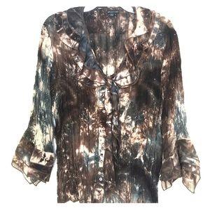 Size Large button down blouse