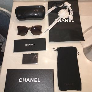 CHANEL polarized tortoise sunglasses