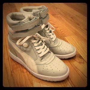 Puma Shoes - Puma My 66 Vap All leather Grey size 8.5