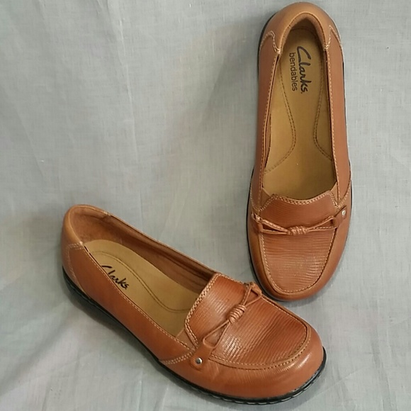 72576379d8b Clarks Shoes - Women s Clarks Bendable Shoes Brown 6 W Leather
