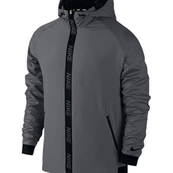 39e6fd7205051 ... NIKE DRI-FIT Grey Men s Training Jacket. M 581e1f3d291a3599de035422