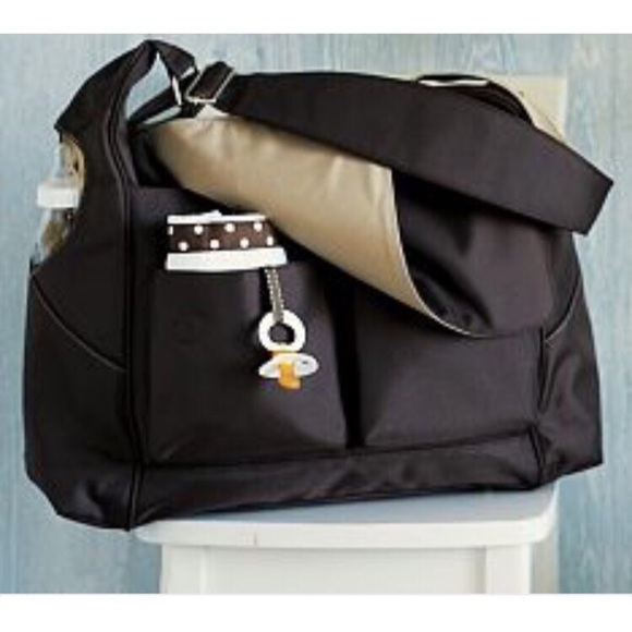 92 off pottery barn kids other pottery barn kids ultimate diaper bag from andrea 39 s closet on. Black Bedroom Furniture Sets. Home Design Ideas