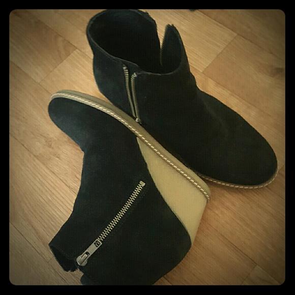 51 j crew shoes j crew macalister zip wedge boots
