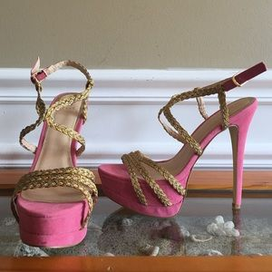 Pink, high heeled shoe by Scene from Shoedazzle.
