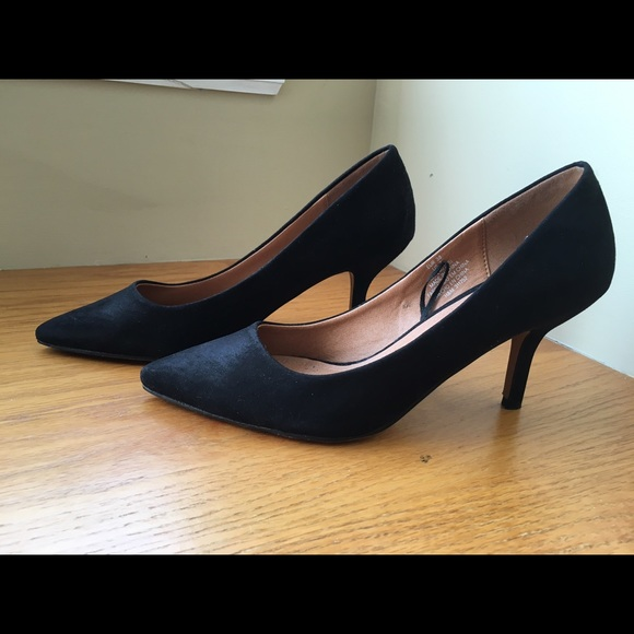 c4430a25e57 H M Shoes - H M Black Kitten Heels