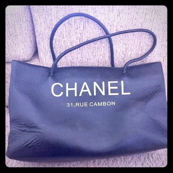 1d6ea33bc43124 CHANEL Handbags - This is a Chanel Tote bag . 31, RUE CAMBON ❤️big