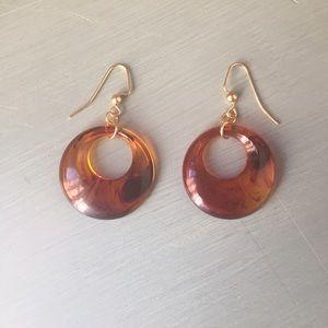 Jewelry - Retro 1970s faux tortoiseshell earrings