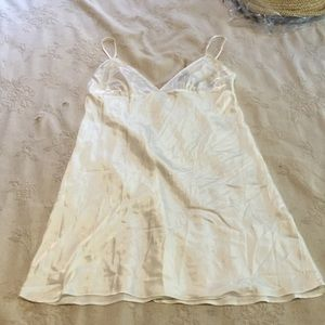 SALE- NWT Slip by Victoria's Secret size L