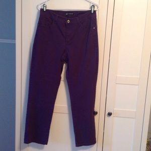 Lee classic fit jeans, size 12 R, purple