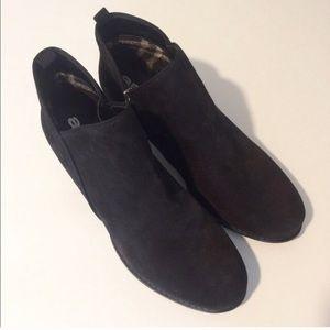 ara Shoes - 🆕 Ara Suede Bootie