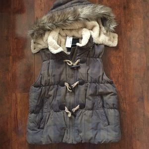 NWT Maurice's vest