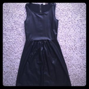 Mimi Chica Dresses & Skirts - Leather like fitted dress