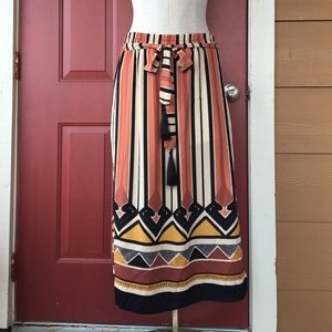 H&M Dresses & Skirts - H&M Tribal Print Midi Skirt with Tassels