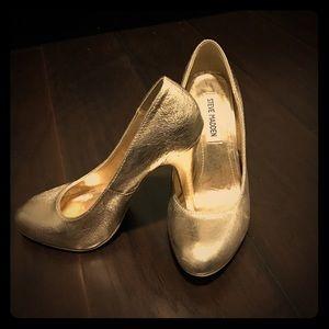 Steve Madden Gold Pump heels