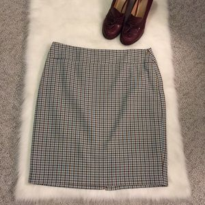 The Limited Dresses & Skirts - Limited Houndstooth Pencil Skirt