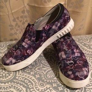 Sam Edelman Circus Slip on Sneakers