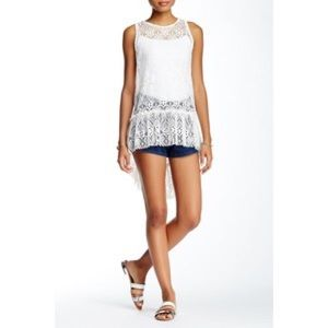 Nordstrom Tops - Ooberswank Lace unlined High-low tank top