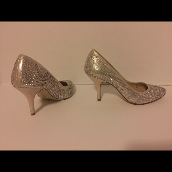fe927a13aba INC International Concepts Shoes - INC Gold Comfortable High Heel Shoes Size  5.5M