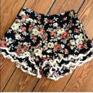LF Pants - LF floral soft shorts XS