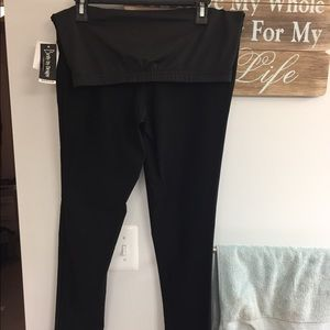 Pants - Black dress pants. Maternity.
