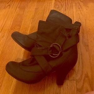 Black Booties Wild Diva Size 7.5