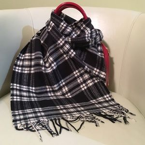 5 for $25 bundle. Black Checkered Scarf